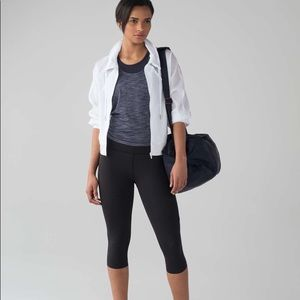 NEW Lululemon Pace Perfect Crop size 6